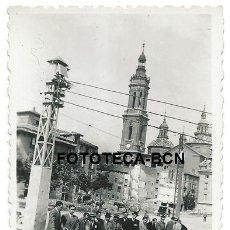Fotografía antigua: FOTO ORIGINAL ZARAGOZA VISTA DEL TEMPO DEL PILAR CASAS DERRUIDAS CARRO AÑOS 40. Lote 120042043