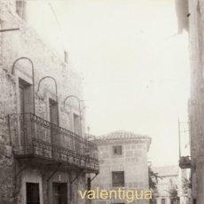 Fotografía antigua: ANTIGUA FOTOGRAFÍA. VISTA DE PRECIOSA CALLE DE MARANCHÓN, GUADALAJARA. AÑOS 50.. Lote 120187339