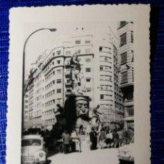 Fotografía antigua: ANTIGUA FOTOGRAFIA. FALLA AVENIDA DEL OESTE. FALLAS DE VALENCIA. FOTO AÑO 1960.. Lote 122231099