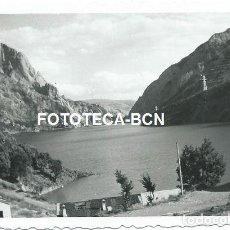 Fotografía antigua: FOTO ORIGINAL EMBALSE DE TERRADETS RIO NOGUERA PALLARESA TREMP LLEIDA AÑO 1959. Lote 124154483