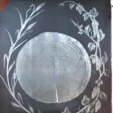 Fotografía antigua: ANTIGUO CLICHÉ DE LA SAGRADA HOSTIA INCORRUPTA ONIL 1824 ALICANTE NEGATIVO EN CRISTAL. Lote 125168783