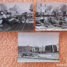 Fotografía antigua: JUMILLA(MURCIA)DESMONTANDO EN LA ESTACIÓN,FOTOS DE 10´5X7´5 CM, 1961.. Lote 125954955