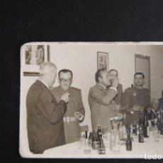 Fotografía antigua: ANTIGUA FOTOGRAFÍA, CELEBRACIÓN MILITAR. Lote 127768311