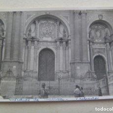 Fotografía antigua: FOTO DE LA CATEDRAL DE MALAGA , FACHADA , AÑOS 50. Lote 128322147