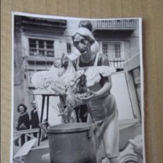 Fotografía antigua: FOTOGRAFIA - FOTO DETALLE FALLA FALLAS VALENCIA 1967, ORIGINAL. Lote 128946655