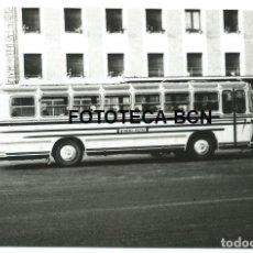 Fotografía antigua: FOTO ORIGINAL IGUALADA HOTEL AMERICA AUTOCAR AÑOS 60. Lote 129104531