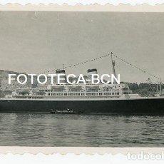 Fotografía antigua: FOTO ORIGINAL PUERTO DE BARCELONA BUQUE BARCO TRASATLANTICO AÑOS 50. Lote 129599775