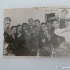 Fotografía antigua: ANTIGUA FOTO DE GRUPO DE JOVENES ALBACETE CELEBRACION AÑO 1950 . FOTOS JOAQUIN PEÑA . Lote 131651034