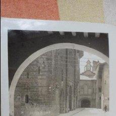 Fotografía antigua: ANTIGUA FOTOGRAFIA.VISTA DE CATEDRAL.SEU DE URGEL.LERIDA 1934. Lote 131651194
