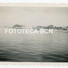 Fotografía antigua: FOTO ORIGINAL FABRICA CONSERVAS MASSO CANGAS DEL MORRAZO VISTA DE LA RIA PONTEVEDRA GALICIA AÑO 1956. Lote 131904886
