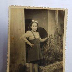 Fotografía antigua: NIÑA, GIRL FILLE 1943. Lote 134247402