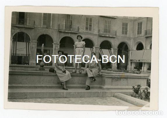 FOTO ORIGINAL PALMA DE MALLORCA PLAZA MAYOR FONDA ESPAÑA CAFE MAHONES AÑO 1952 (Fotografía Antigua - Fotomecánica)