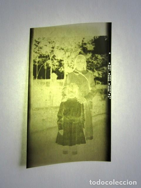 Fotografía antigua: ALCALÁ DE HENARES AÑO 1920. 13 NEGATIVOS DE LA REINA MARÍA CRISTINA, INFANTA ISABEL DE BORBÓN, ETC - Foto 10 - 135798722