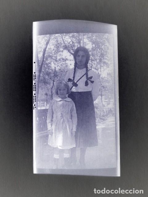 Fotografía antigua: ALCALÁ DE HENARES AÑO 1920. 13 NEGATIVOS DE LA REINA MARÍA CRISTINA, INFANTA ISABEL DE BORBÓN, ETC - Foto 12 - 135798722