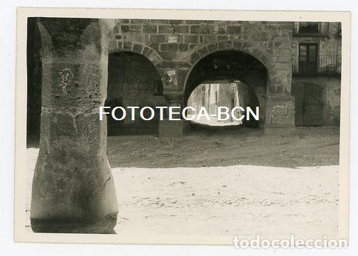 FOTO ORIGINAL HORTA DE SANT JOAN PLAZA DE LA LOCALIDAD TERRA ALTA TARRAGONA AÑO 1958 (Fotografía Antigua - Fotomecánica)