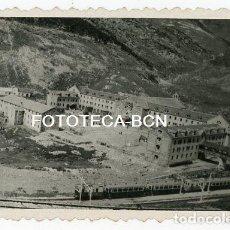Fotografía antigua: FOTO ORIGINAL SANTUARIO DE NURIA TREN CREMALLERA AÑO 1948. Lote 136820274