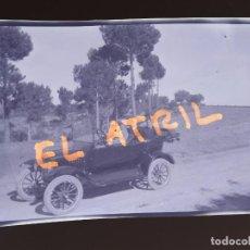 Fotografía antigua: MORELLA, CASTELLON - VISTA COCHE - CLICHE NEGATIVO EN CELULOIDE - AÑOS 1940-50. Lote 141305466