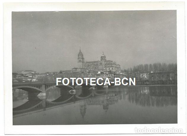 FOTO ORIGINAL SALAMANCA PUENTE SOBRE EL RIO TORMES AÑO 1965 (Fotografía Antigua - Fotomecánica)