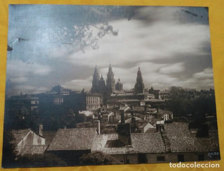 Fotografía antigua: Fotografía firmada a mano por - Vista catedral de Santiago - Ksado. Buen tamaño 38'5 x 29 cm. - Foto 2 - 142823078