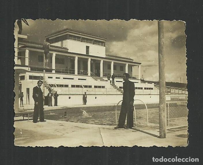 ANTIGUA FOTOGRAFÍA DE LA PISCINA MUNICIPAL DEL MOLÍ NOU. IGUALADA ¿AÑOS 50? (Fotografía Antigua - Fotomecánica)