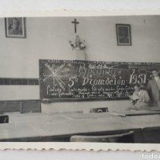 Fotografía antigua: SANTANDER. COLEGIO LA SALLE. DESPEDIDA DE LA 5A. PROMOCIÓN 1951 - 52. Lote 143371668