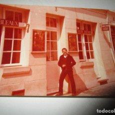 Fotografía antigua: ANTONIO FERRI PINTOR DE VALENCIA FOTOS EN GALERIA DE FRANCIA CLAUDE HEMERRY PARIS. Lote 146265894