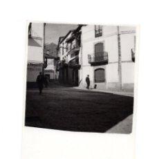 Fotografía antigua: CÁCERES.- BAÑOS DE MONTEMAYOR 1960.- 12 X 8,5 CM. Lote 146309658