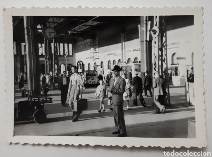 CÁNTABRO QUE ASISTIÓ A EUROPÄISCHE WOCHEN. PASSAU ALEMANIA. ESTACIÓN DE MUNICH. 1953 (Fotografía Antigua - Fotomecánica)