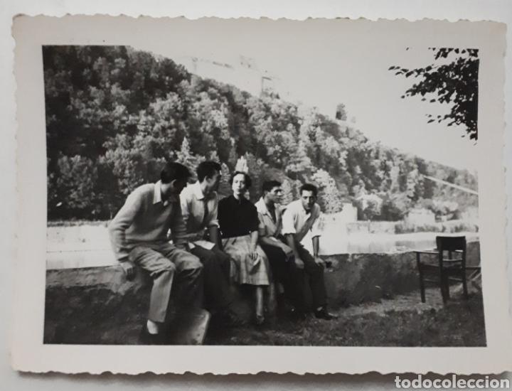 CÁNTABROS QUE PARTICIPARON EN EUROPÄISCHE WOCHEN. PASSAU ALEMANIA. JUNTO AL DANUBIO. 1953 (Fotografía Antigua - Fotomecánica)