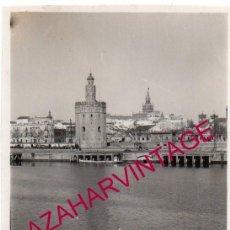 Fotografía antigua: SEVILLA, ANTIGUA FOTOGRAFIA TORRE DEL ORO Y RIO GUADALQUIVIR, 60X85MM. Lote 146993022