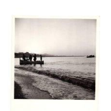 Fotografía antigua: FOTOGRAFÍA.- VILLAJOYOSA. ALICANTE.-1956.- 11,5 X 15,5 CM. Lote 147589662