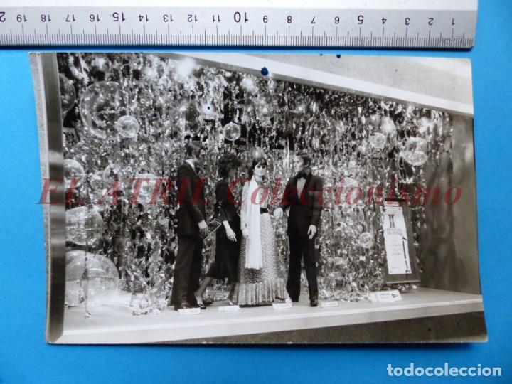 Fotografía antigua: VALENCIA - 12 FOTOGRAFIAS DE LOS ESCAPARATES EL CORTE INGLES - Año 1971 - FINEZAS Y LOPEZ-VIVAS - Foto 10 - 149849306