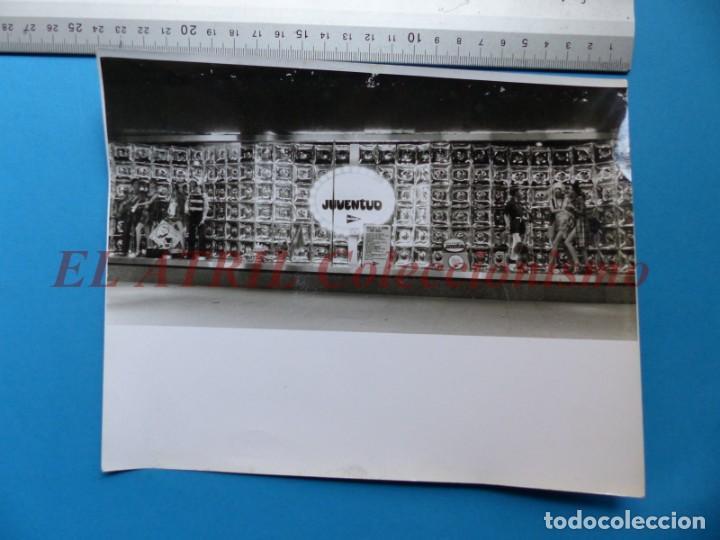 Fotografía antigua: VALENCIA - 12 FOTOGRAFIAS DE LOS ESCAPARATES EL CORTE INGLES - Año 1971 - FINEZAS Y LOPEZ-VIVAS - Foto 15 - 149849306