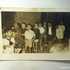 Fotografía antigua: FOTOGRAFIA - NIÑOS EN CELEBRACION . Lote 149877114
