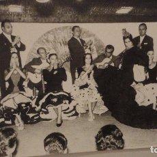 Fotografía antigua: ANTIGUO FOLLETO CON FOTOGRAFIA.TABLAO FLAMENCO EL JALEO.TORREMOLINOS.MALAGA. Lote 151554170