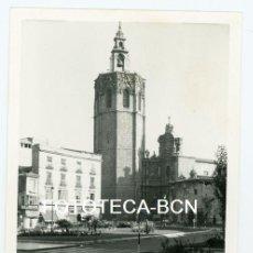 Fotografia antiga: FOTO ORIGINAL VALENCIA PLAZA DE LA REINA VISTA DE LA CATEDRAL AÑOS 60. Lote 151990674