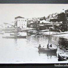 Fotografía antigua: FOTOGRAFÍA VIGO. EL BERBES. PUERTO. AÑO 1920. 25X20 CM. . Lote 153497917