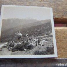 Fotografía antigua: FOTO FOTOGRAFIA BOY SCOUTS O SIMILAR NIÑOS DE ESCURSION SIERRA . Lote 155587230