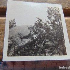 Fotografía antigua: FOTO FOTOGRAFIA BOY SCOUTS O SIMILAR NIÑOS DE ESCURSION SIERRA . Lote 155590090