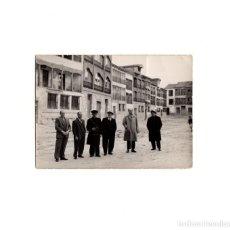 Fotografía antigua: VALLADOLID.- PLAZA DEL COSO (PEÑAFIEL). RECUERDO DE LA PLAZA DE TOROS. 10,5 X 7,5 CM. Lote 156988322