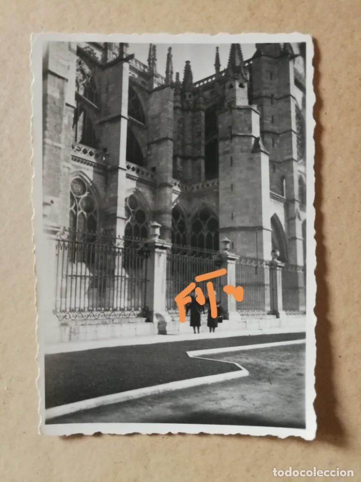 ANTIGUA FOTOGRAFÍA DE LEÓN. CATEDRAL. FOTO AÑOS 50. (Fotografía Antigua - Fotomecánica)