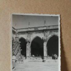 Fotografía antigua: ANTIGUA FOTOGRAFÍA DE LEÓN. CATEDRAL. FOTO AÑOS 50.. Lote 157923406