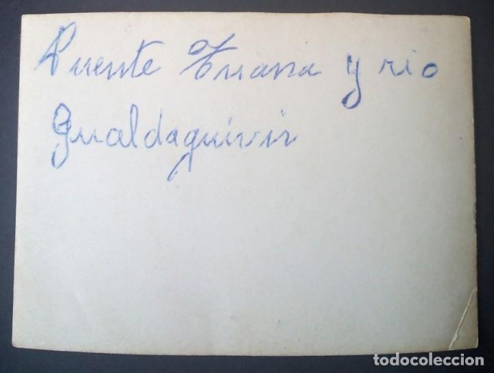 Fotografía antigua: CTC - AÑOS 50 - SEVILLA PUENTE TRIANA RIO GUADALQUIVIR - FOTOGRAFIA VINTAGE - Foto 2 - 160155542