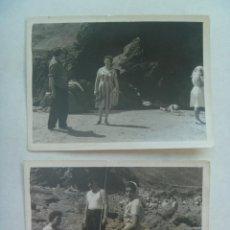 Fotografía antigua - LOTE DE 2 FOTOS DE GENTE EN LA PLAYA DE PERLORA ( ASTURIAS ), 1960 - 160299122