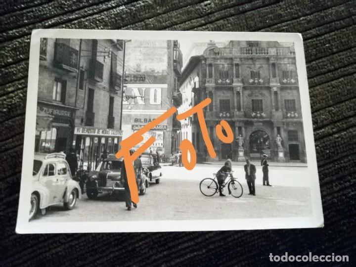 ANTIGUA FOTOGRAFÍA DE PAMPLONA. CASA CONSISTORIAL. PLAZA. FOTO AÑOS 50/60. (Fotografía Antigua - Fotomecánica)