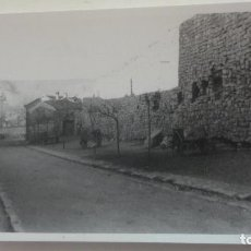Fotografía antigua: ANTIGUA FOTOGRAFIA.VISTA DE CALLE DE SIGUENZA GUADALAJARA 1957. Lote 160867966