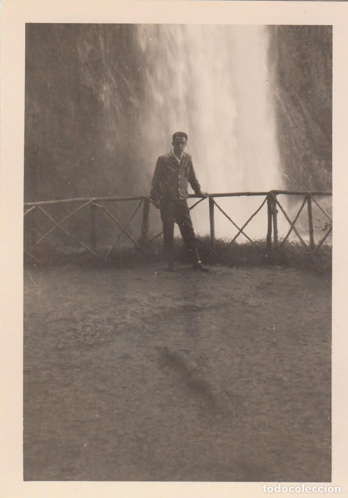 3 FOTOGRAFÍAS TOMADAS EN EL MONASTERIO DE PIEDRA, ZARAGOZA. AÑOS 60. (Fotografía Antigua - Fotomecánica)