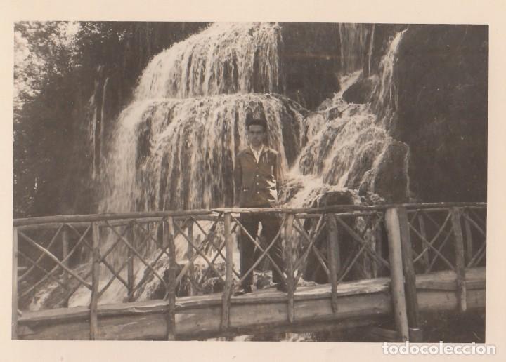 Fotografía antigua: 3 fotografías tomadas en el Monasterio de Piedra, Zaragoza. Años 60. - Foto 3 - 160982250
