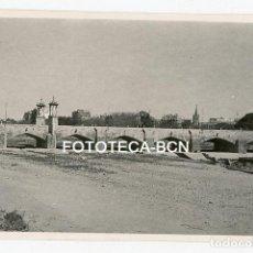 Fotografía antigua: FOTO ORIGINAL PUENTE DEL REAL CAUCE RIO TURIA VALENCIA AÑOS 50. Lote 162920354