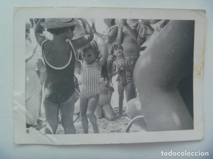 La Por Niñas Playa Sevillanas Bañador De En Bailando Foto 8XPwnOk0